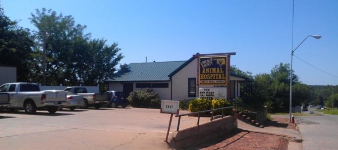 Lincoln County Animal Hospital building